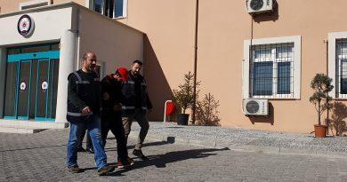 İkametten Hırsızlık Yaptı Polisten Kaçamadı